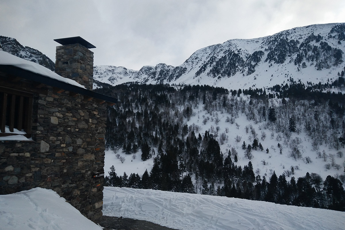 refugi-borda-sorteny-esqui-muntanya1