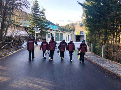 Instructors d'esquí i snowboard de l'escola Snow&Go a La Molina