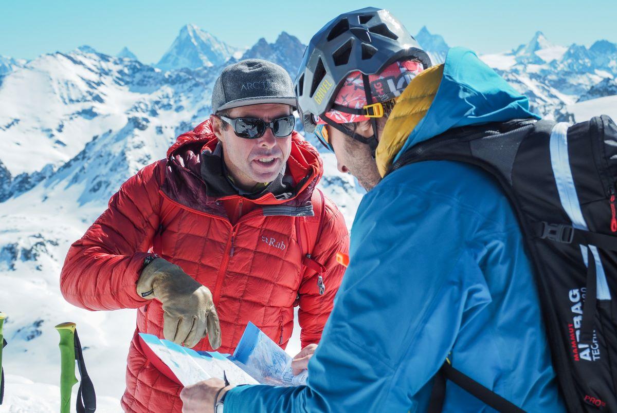 Per descobrir la muntanya amb seguretat i diversió més enllà dels límits de l'estació, és recomanable fer-ho amb un guia de muntanya
